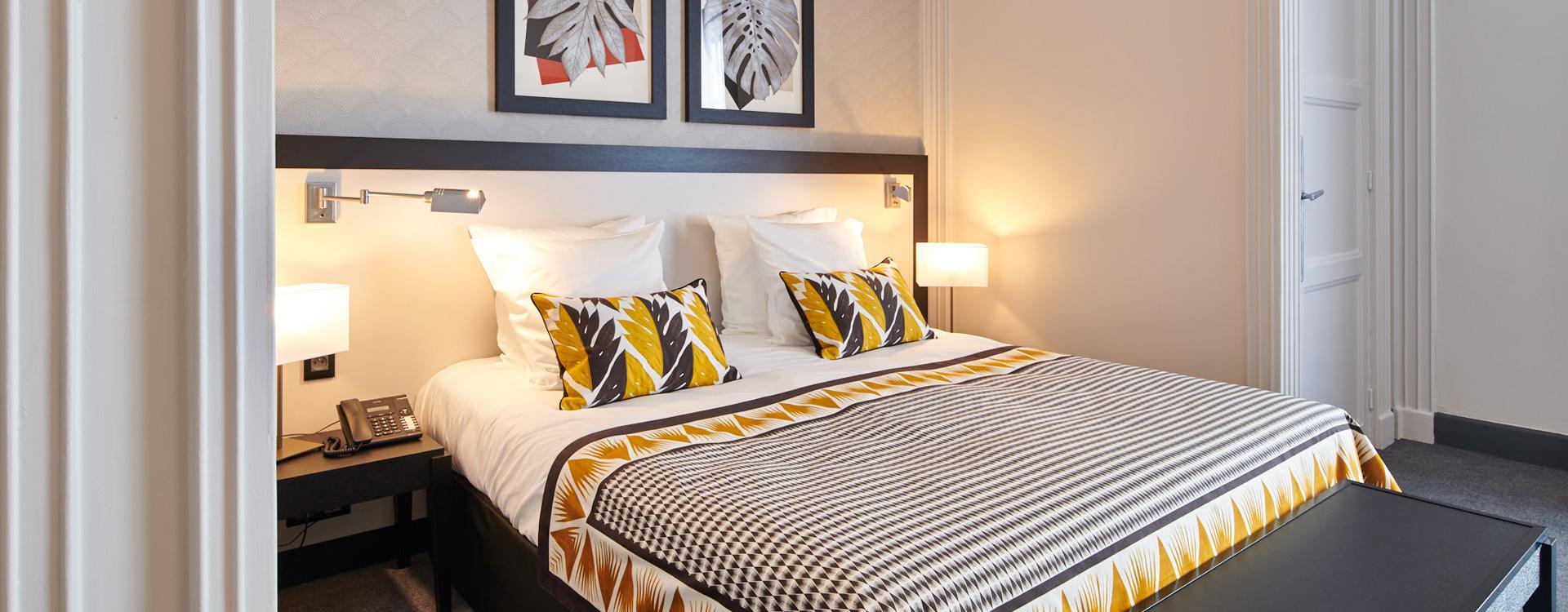 chambre de l'hôtel Le Splendid à Dax dans les Landes
